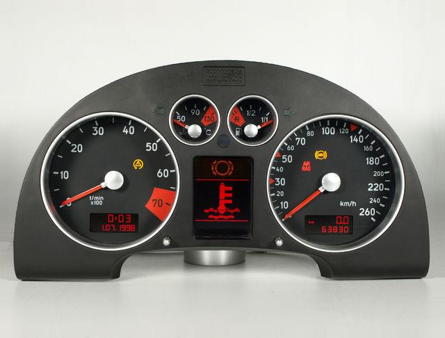 AUDI AUDI TT (8N) Velocimetro